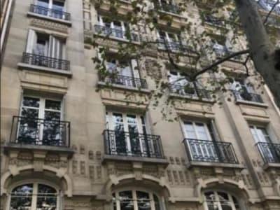 Paris 16 - 1 pièce(s) - 8 m2 - 8ème étage