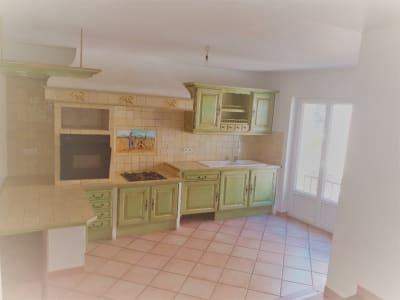 Location d'une jolie maison de village T4 - 100 m2 à Meyrargues