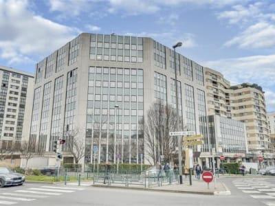 BUREAU SURESNES - 122 m2