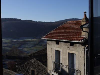 Maison de Village 171 m2 surface habitable  80 m2 dépendance