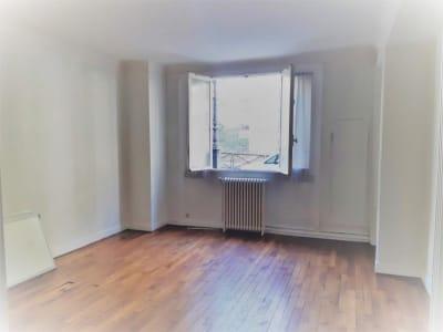 Paris 16 - 1 pièce(s) - 40.7 m2 - Rez de chaussée