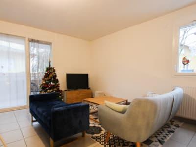 Appartement T3 - vendu loué - 62.44 m2- Chambéry - proche tous c