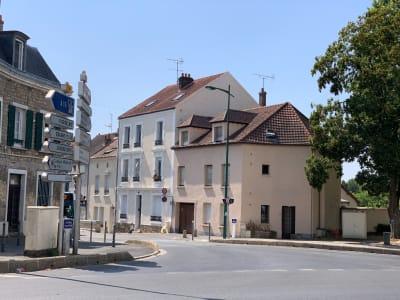 F2 AVEC PARKING COEUR DE VILLE