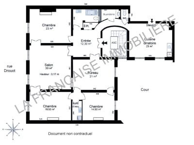 Appartement haussmannien rénové. 161 m². Parking et cave.