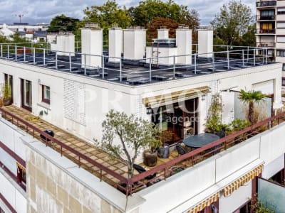 DERNIER ETAGE avec 80 m² de TERRASSE