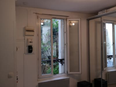 PARIS 19ème  - RUE CLAVEL - STUDIO