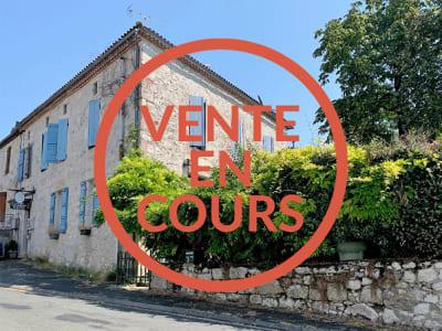 MAISON DE VILLAGE AVEC CHAMBRES D'HOTES - 8 pièces - 240 m²