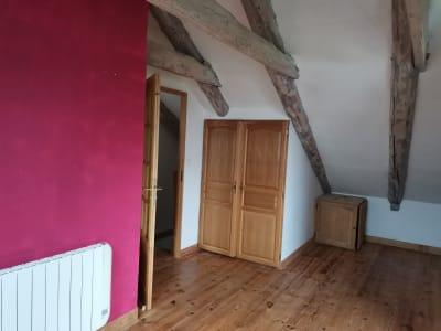 Appartement triplex dans petite copropriété en pierre avec t