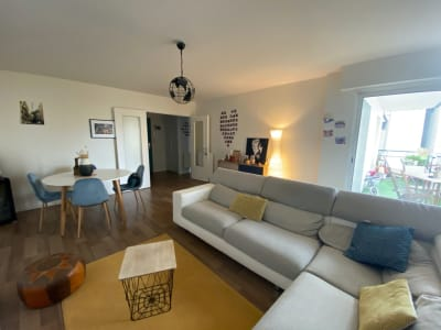 Appartement T3 parking et terrasse