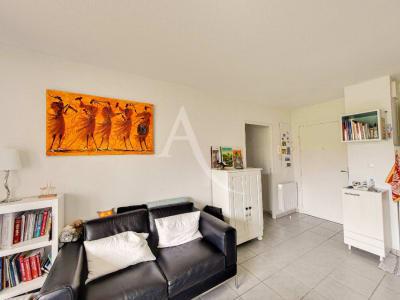 Appartement 3 pièce(s) 53 m2 - Parking en sous -sol - Résidence
