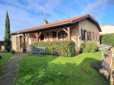 Maison de 103 m² sur 602 m² de parcelle.