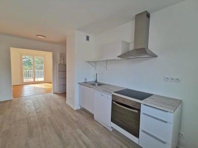 Appartement Oyonnax - 3 pièce(s) - 66.0 m2
