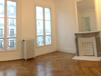 Appartement rénové Paris - 3 pièce(s) - 92.46 m2