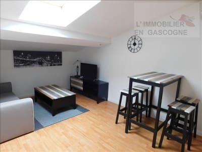 Auch - 1 pièce(s) - 20.47 m2