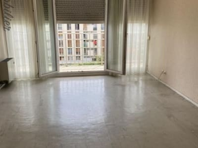 Salon De Provence - 3 pièce(s) - 70 m2
