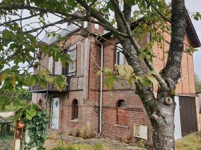 maison en brique située entre Aumale et Formerie
