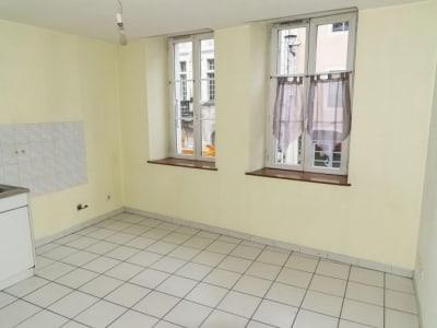 Nantua - 1 pièce(s) - 28.41 m2