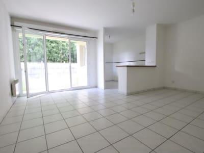 Ambares Et Lagrave - 3 pièce(s) - 65 m2 - 1er étage