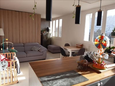 Caluire Et Cuire - 4 pièce(s) - 65 m2 - 10ème étage