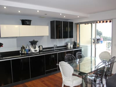 A vendre Nice Fabron, 3 P duplex, terrasses, parking, vue Mer