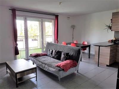 BONNEFOY  T3 de 64 m² - PARKING - TERRASSE 14 m²