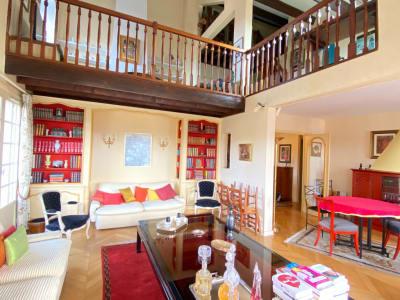 Appartement Triplex 5 pièces Centre ville de Soisy