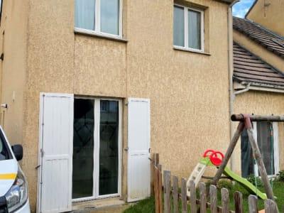 Maison 10 Min Chars 5 pièce(s) 135 m2