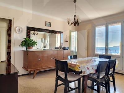 Appartement 3 pièces avec jolie vue mer. Résidence Maritime.