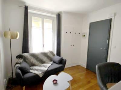Levallois - 2 pièces  - 24 m² - en meublé
