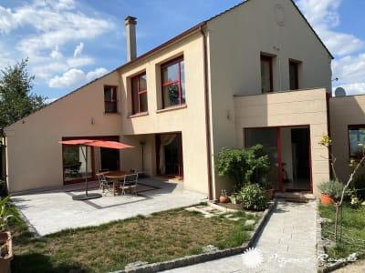 Maison ST GERMAIN EN LAYE - 9 pièce(s) - 230 m2