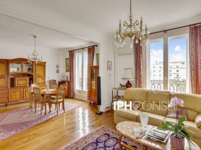 Appartement 6 pièces en étage élevé et très lumineux