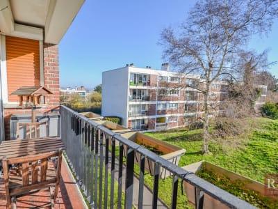 Appartement Les Clayes Sous Bois 4 pièce(s) 69.5 m2