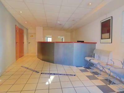 Charbonnieres Les Bains - 125 m2