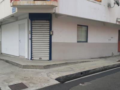 LOCAL FORT DE FRANCE  80 m2