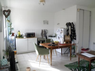 Location appartement SORGUES (84700)
