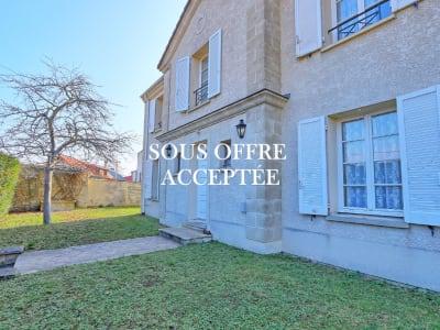 Maison à vendre Saint Germain En Laye 7 pièce(s) 160 m2 970.000