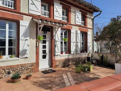 Belle Toulousaine T7 de 200 m² avec cour et garage + très joli t
