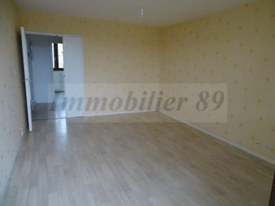 Chatillon Sur Seine - 3 pièce(s) - 60 m2 - Rez de chaussée