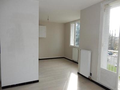 St Martin D Heres - 2 pièce(s) - 43 m2 - 2ème étage