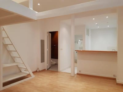 Appartement ancien Paris - 1 pièce(s) - 29.89 m2