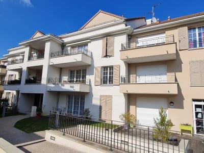 Appartement de 3 pièces BBC avec terrasse au dernier étage d'une