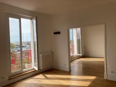 Appartement Vue sur Port  5 pièces. 114 m2