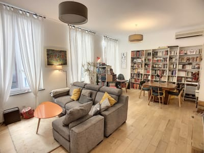 MAISON - T5 -  166 m²