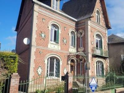 Maison de maître située entre Sénarpont et Hornoy le Bourg