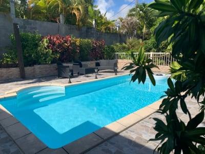Villa T4 bien située avec piscine
