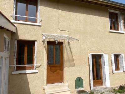 ST ALBAN DE ROCHE, T4 avec cour et garage