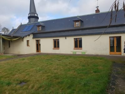 Maison située proche de Grandvilliers