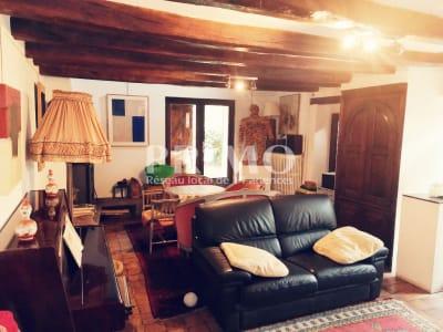 Maison de ville d'environ 152 m², 4 chambres, grenier, cave voût