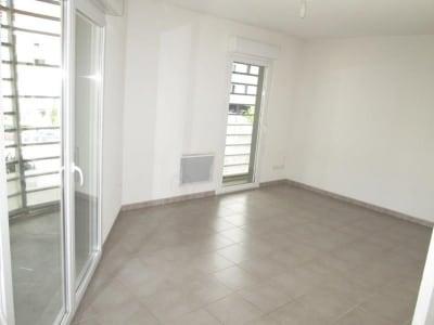 Sete - 2 pièce(s) - 43.89 m2