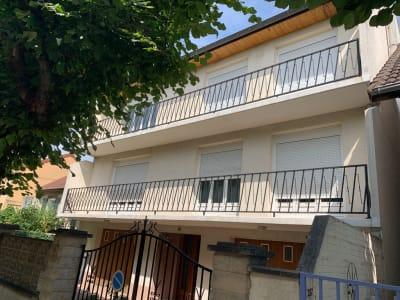 RARE ! Appartement 5 pièces  110 m² hab  avec jardin priv. garag